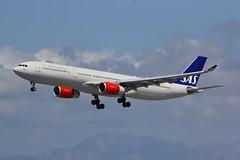 A330 LN-RKT Los Angeles 28.03.19 (jonf45 - 5 million views -Thank you) Tags: airliner civil aircraft jet plane flight aviation lax los angeles international airport klax sas airbus a330 lnrkt