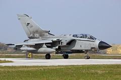 Italian Airforce Tornado MM7044  6-76 Andravida Iniohos 2019 (Remco Boudewijn) Tags: iniohos andravida airforce italian tornado