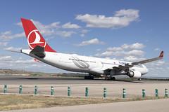 IMG_9073 (Pablo_90) Tags: plane planespotting lemd mad spo spotting airbus bo boeing a320 a330 a380 b737 b787 airport aircraft
