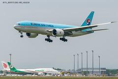 B77L_KE9575 (DEL-VIE)_HL8226_1 (VIE-Spotter) Tags: vie vienna airport flughafen wien flugzeug loww planespotting airplane
