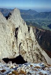 t9001018F (m-klueber.de) Tags: alpen nordalpen austria österreich tirol kaiser kaisergebirge mk1990kaiser 19901011 mk1990kaiser2 wilder lärchegg 1990 mkbildkatalog t9001018f t9001018