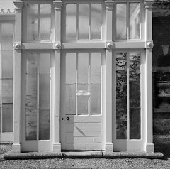 Sorry Private! (nikolaijan) Tags: fuji neopan film 120 somerleyton blackandwhite yashica 124g 6x6 england norfolk iso400