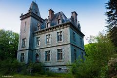 Château gargouilles. (Elodie Smn) Tags: urbex urbexbretagne urbexfinistere urbexworld urbexfrance castle abandonedcastle abandonedplaces