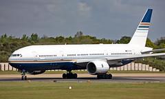 EC-MUA - Boeing 777-212(ER) - LGW (Seán Noel O'Connell) Tags: privilegestyle ecmua boeing 777212er b777 b772 777 gatwickairport lgw egkk 08r mia kmia di7043 nrs43a aviation avgeek aviationphotography planespotting