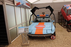 Beaulieu,6 (doojohn701) Tags: retro vintage car emergency ausecours fence museum tv topgear dorset uk