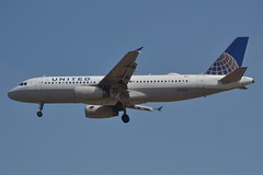 N434UA (LAXSPOTTER97) Tags: n434ua united airlines airbus a320 a320200 cn 592 aviation airport airplane kpdx