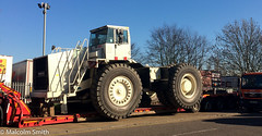 Terex TR100 (M C Smith) Tags: terex lowloader rac recovery vehicle orange white red black lamp railings tree sky blue trailer trailers kerb road line shadows tr100 trees