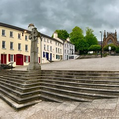 Armagh Market Place (John D McDonald) Tags: panorama armagh marketplace marketplacearmagh armaghmarketplace marketstreet marketstreetarmagh armaghmarketstreet cathedral church armaghcathedral churchofireland coi anglican cross marketcross highcross cloud clouds cloudy overcast georgian terrace building buildings architecture iphone iphonexr appleiphone appleiphonexr northernireland ni ulster steps hill 全景 panoráma panoraama πανόραμα lánléargas панорама geotagged