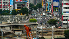 DSC_0248 (Adrian De Lisle) Tags: asia city cityscape crosswalk crowd japan people shibuya shibuyacrossing shibuyahikarie tokyo train trainstation shibuyaku tōkyōto