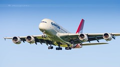 QANTAS A380-842 (lavierphilippephotographie) Tags: qantas lhr heathrow london plane airplane aircaft airline airliner longhaul longcourrier superheavy airbus airbusindustries a380 a380842 spotter planespotter spotting planespotting avgeek vhoqe