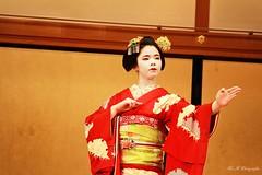 Maiko Mametama (arrif-mehdi) Tags: mametama maiko geisha kyoto gion kyotoites theatre danse danseuse art artistes artistique meh photographie amazing asia asian japon nippon japonaise femme kimono tradition traditionnel de vivre costume amour love respect attitude charisme jeune young japanese
