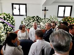 Presidente Danilo Medina se traslada a La Vega en solidaridad con familiares de Juan Heriberto Medrano Cosme (PresidenciaRD) Tags: presidentedanilomedina presidenciarepúblicadominicana mayode2019 lavega pésameafamiliares presidentedelgrupomedranoytelecablecentral juanheribertomedranocosme