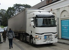 FY17 TFE at Welshpool (Joshhowells27) Tags: lorry truck renault renaultt curtainsider unmarked fy17tfe