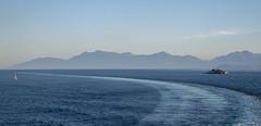 Insel Peristeres mit Leuchtturm (Aeschbacher Hilde) Tags: 110519 inselperisteres leuchtturm ionischesmeer strasevonkorfu albanischeküste pentaxk1