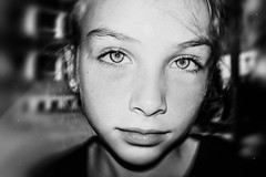 Noblesse (tonyhoertrauschen) Tags: flash light portrait x100f fuji children 35mm outdoor face flashlight art blackandwhite bw people