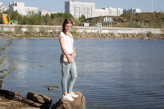 0R4A9907 (andre.pugachev) Tags: челны река кама девушка женщина лето вечер берег woman girl summer