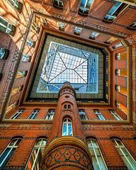 Peaks. __________________________________________________ . . . #hamburgahoi #thehharchimeet #architektursommerhh (Florian Zenk Photography) Tags: ifttt instagram