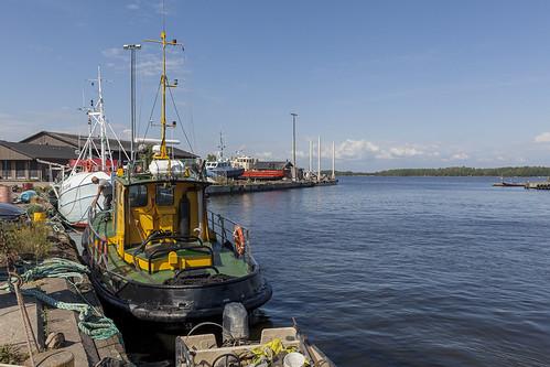 Kuusinen Fishing Harbor 522
