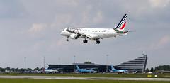 Landing Air France / Hop (Shooting Flight) Tags: air france hop embraer 190std e190 landing fhbll natw photos lil lesquin lille