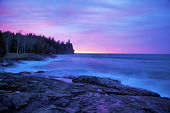 Lighthouse Sunrise, Take II (f/ames) Tags: lighthouse splitrock minnesota lakesuperior shoreline northshore beautiful colors dramatic canon5d mkii