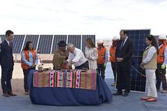 Foto43 (Intendente de Tarapacá) Tags: intendente quezada y ministra de energía participaron en la instalación los 1ros paneles fotovoltaicos granja solar 22052019