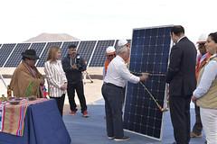 Foto40 (Intendente de Tarapacá) Tags: intendente quezada y ministra de energía participaron en la instalación los 1ros paneles fotovoltaicos granja solar 22052019
