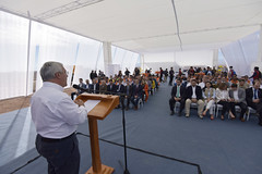 Foto33 (Intendente de Tarapacá) Tags: intendente quezada y ministra de energía participaron en la instalación los 1ros paneles fotovoltaicos granja solar 22052019