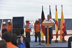 Foto30 (Intendente de Tarapacá) Tags: intendente quezada y ministra de energía participaron en la instalación los 1ros paneles fotovoltaicos granja solar 22052019