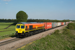 66419 Stuntney 15/05/19 - A prestine 66419 passes Stuntney on the entrance towards Ely Dock Jn. Freightliner's latest orange and black machine is leading 4E56 Felixstowe to Doncaster. (rhayward92) Tags: class 66 freightliner ely 66419 4e56 stuntney