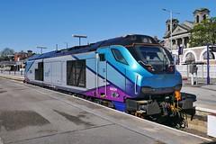 Centaurion (JohnGreyTurner) Tags: br rail uk railway train transport engine locomotive scarborough yorkshire tpe transpennine 68 class68 superskip