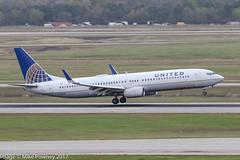 N32404 - 2001 build Boeing B737-924, arriving on Runway 08R at Houston (egcc) Tags: 0404 30121 893 b737 b737900 b737900er b737924 b737ng boeing boeing737 boeing737900 bush houston iah intercontinental kiah lightroom n32404 staralliance texas ua ual united unitedairlines