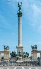 DSC7117 Monumento del Milenio, Plaza de los Héroes, Budapest, Hungría (Ramón Muñoz - Fotografía) Tags: hungría budapest buda pest monumento del milenio plaza de los héroes