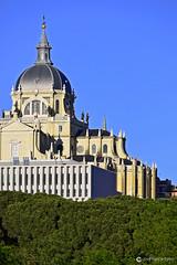 20190513 Ribera del Manzanares (14) R01 (Nikobo3) Tags: europe europa españa spain madrid laalmudena arquitectura architecture paisajeurbano travel viajes nikon nikond610 d610 nikon300mmf4epfvr nikobo joségarcíacobo