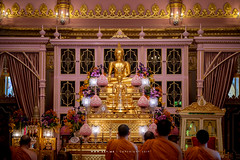 Phra Vihara, Wat Ratchabophit (aey.somsawat) Tags: architecture bangkok buddhastatue buddhistmonk buddhisttemple eveningchant temple thaiarchitecture thailand vihara wat watratchabophit
