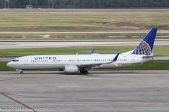 N71411 - 2002 build Boeing B737-924, taxiing for departure at Houston (egcc) Tags: 0411 1052 30128 b737 b737900 b737924 b737ng boeing boeing737 boeing737900 bush houston iah intercontinental kiah lightroom n71411 staralliance texas ua ual united unitedairlines