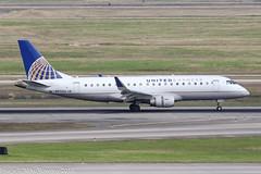 N87306 - 2014 build Embraer 175-200LR, arriving on Runway 08R at Houston (egcc) Tags: 306 170200lr 17000414 ash bush emb175 embraer embraer175 houston iah intercontinental kiah lightroom mesaairlines n87306 staralliance texas ua ual united unitedairlines unitedexpress