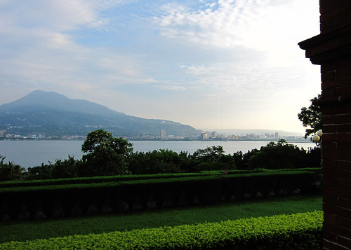 View from Fort San Domingo over Tamsui River/Bali