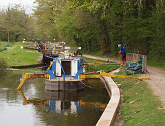2019_04_0316 (petermit2) Tags: roadworks chesterfieldcanal cuckoodyke cuckooway canalboat canal boat thorpesalvin rotherham southyorkshire yorkshire