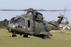 ZJ135_EH101MerlinMk3_RoyalNavyCHF_TenTors_Img03 (Tony Osborne - Rotorfocus) Tags: leonardo agustawestland aw101 eh101 merlin royal navy fleet air arm commando helicopter force chf okehampton ten tors 2019