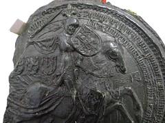 1430 - 'seal of Philip the Good, duke of Burgundy', Stadsarchief, Leuven, province of Flemish Brabant, Belgium (roelipilami (Roel Renmans)) Tags: 1430 seal sceau zegel siegel philip philippe filips de goede le bon good gute burgund bourgogne bourgondië burgundy duke duc herzog hertog brabant borgoña felipe sella leuven louvain stadsarchief city archives ville knight armure amour armor rüstung fleur lys crest surcoat caparison charter blijde intrede inkomst joyous entry entrée joyeuse radosny wjazd pieczęć surcotte waffenrock horse kropierz caparaçon dekkleed helm bascinet grand great mail hauberk mailles sleeves poke sleeve bombarde