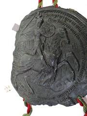 1430 - 'seal of Philip the Good, duke of Burgundy', Stadsarchief, Leuven, province of Flemish Brabant, Belgium (roelipilami (Roel Renmans)) Tags: 1430 seal sceau zegel siegel philip philippe filips de goede le bon good gute burgund bourgogne bourgondië burgundy duke duc herzog hertog brabant borgoña felipe sella leuven louvain stadsarchief city archives ville knight armure amour armor rüstung fleur lys crest surcoat caparison charter blijde intrede inkomst joyous entry entrée joyeuse radosny wjazd pieczęć surcotte waffenrock horse kropierz caparaçon dekkleed helm bascinet grand great mail hauberk mailles