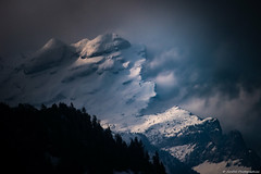 la frontière des mondes (JimDel Photographies) Tags: montagne moutains alpes alpinelight landscape paysage nature naturebeauty hautesavoie giffre