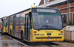 7028 SERVICE SPECIAL (brossel 8260) Tags: belgique bus tec charleroi