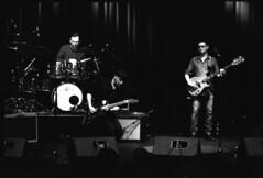 Little G Weevil Band (lumpy79) Tags: praktica mtl5 pentacon 135mm f28 auto mc ilford hp5 400 1600 little g weevil band up újpesti rendezvénytér blackandwhite bw budapest blues