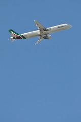 AZ0207 LHR-FCO (A380spotter) Tags: takeoff departure climb climbout belly airbus a321 100 eiixh ibixh piazzadellasignoriagubbio alitalia–compagniaaereaitalianaspa aza az az0207 lhrfco runway09r 09r london heathrow egll lhr