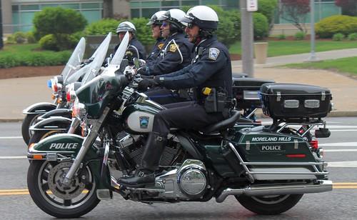Moreland Hills Ohio Police Harley Davids by Seluryar, on Flickr