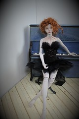 Odile (Tatterpunk) Tags: iplehouse fid iplehousefid bianca fashion doll odile black swan tutu ballet costume ellieeteden tatterpunk gothic ballerina bjd ball jointed
