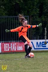 Baardwijk MO17-1 vs DVVC MO17-1 (25 van 54) (MiGe Fotografie) Tags: baardwijk baardwijkmo171 meisjesvoetbal meisjes meisjesonderde17 sportparkolympia waalwijk competitie canon80d fotografie hobbyfotografie hobby