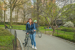 1379_0742FL (davidben33) Tags: spring 2019 new york manhattanstreetphoto street photos architecture people landscape cityscape buildings fashion women girls 718 5thave centralpark monument
