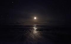 Silvery scenery (Seabird NZ) Tags: newzealand southisland westland westcoast tasmansea ross beach moon moonlight waves handheld stars orion leo halo dxophotolab2 nikond810a nikon1424mmf28 uwa ultrawideangle silver clouds sirius